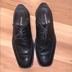 Johnston & Murphy dress shoes black size 9